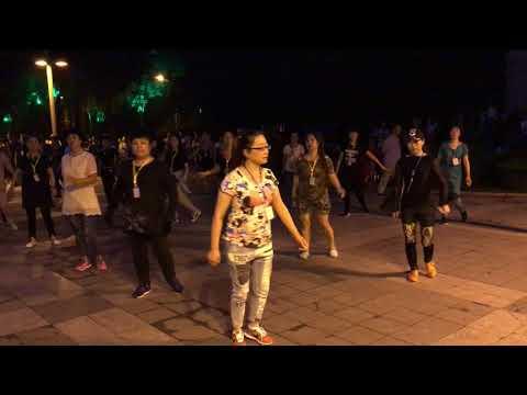 Mudanjiang park dancing