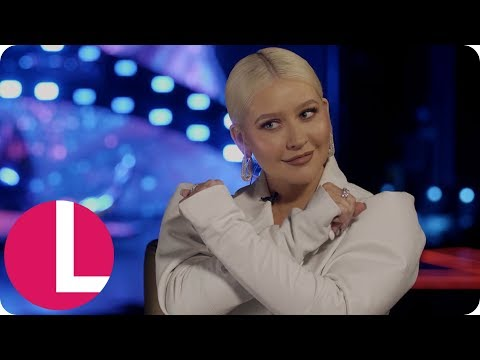 Christina Aguilera Reveals the Advice She'd Give to Her Younger Self | Lorraine