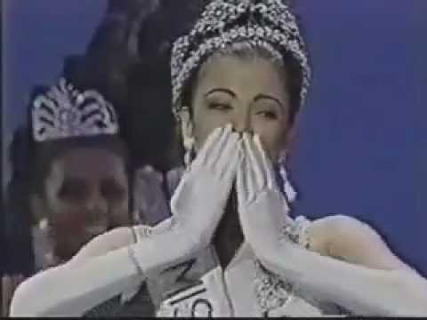 Aishwarya Rai - Final Crowning Moment - Miss World 1994