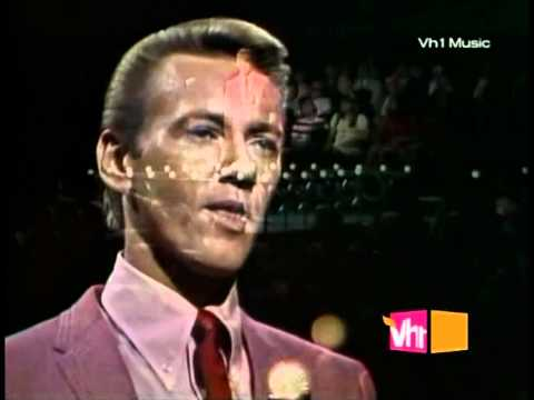 Righteous Brothers - Unchained Melody Live 1965