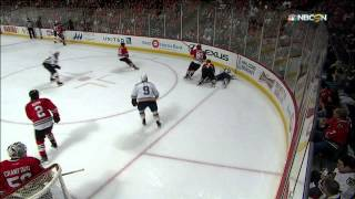 Gotta See It: Reaves pulls out tooth after crushing hit
