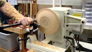 Woodturning - small platter, mounted without glue block or screws