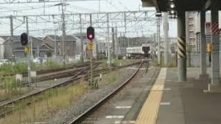 福間駅に到着する817系3000番台普通列車門司港行き