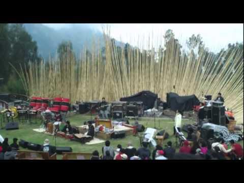 Tahez Komez Project -  Malang awe awe @Jazzgunung 2013