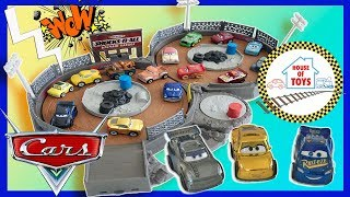 DISNEY Pixar Cars MINI RACER Crank and Crash Derby Playset! Fun toy for Kids
