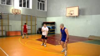 Уроки волейбола! как не стоит делать прием )