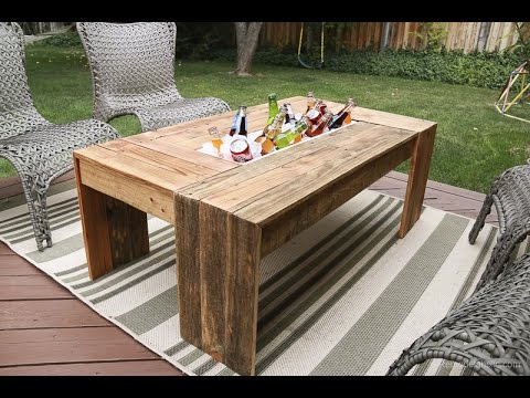 Rustic Pallet Wood Coffee Table with Drink Cooler