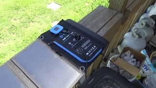 Big Blue 28 Watt Solar Charger 2017 - L2Survive with Thatnub