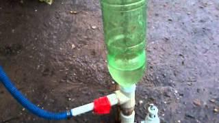 гидротаранный насос воды ram pump 3 usd качает воду из ручья или дождя.