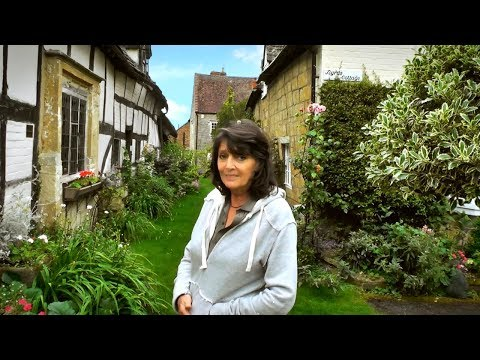 """""""Eat, Drink & Be Merry!"""" with Sarah Douglas in The Cotswolds (Part One)."""