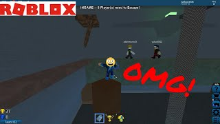 Playing flood escape with my friend kam (ROBLOX)