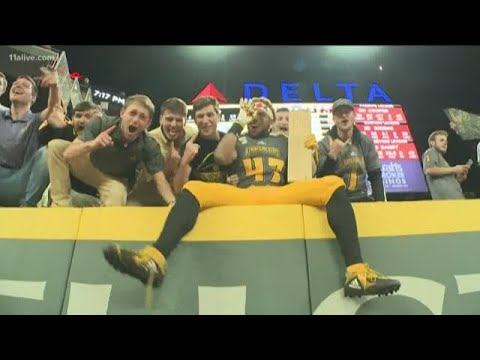Kennesaw State football makes history at SunTrust Park