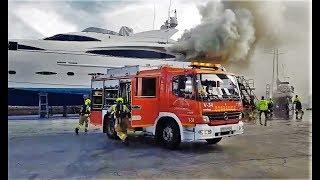 Intervención Bomberos del Ayuntamiento de Alicante en incendio de yate.