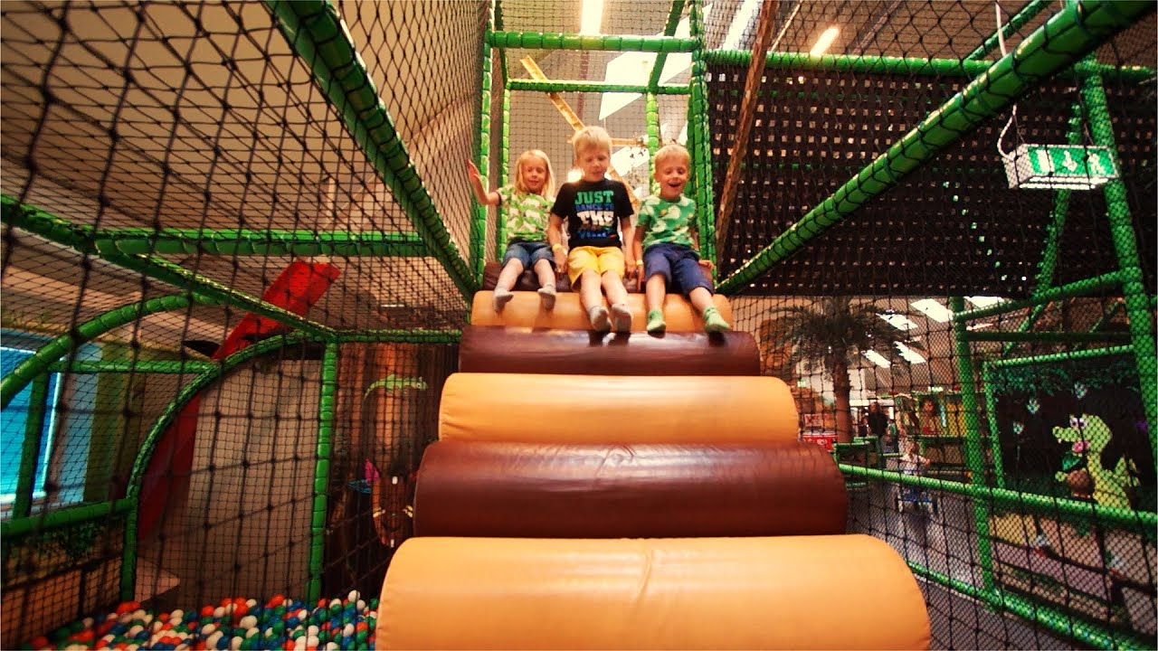 2d2aae23b6ab [Part 3/4] Indoor Playground Fun for Kids and Family at Lek & Bus Nacka