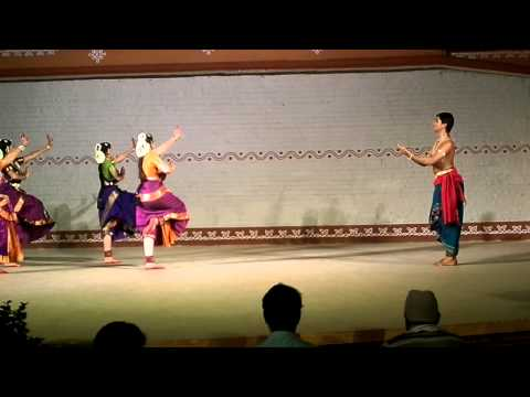 hyderbad central university dance department
