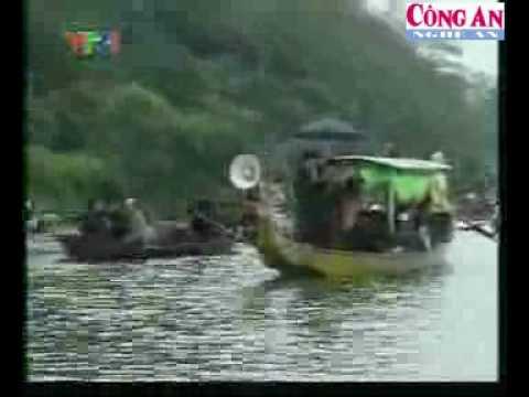 """Cò khách """"tung hoành"""" lễ hội Chùa Hương"""