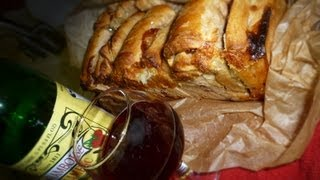 Brie And Framboise (beer And Cheese) Pull-apart Bread W/orange Flavored Cranberries (original)
