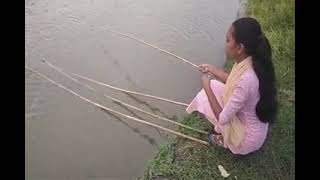 девушка на рыбалке прикол девушка на зимней рыбалке красивая девушка на рыбалке приколы на рыбалке