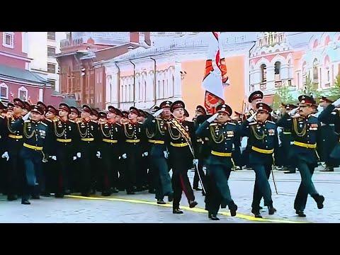 Участниками парадов к 75-летию Победы по всей стране станут почти 65 тысяч человек.
