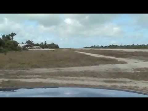 Bonriki International Airport in Tarawa / Kiribati : 04/03/13