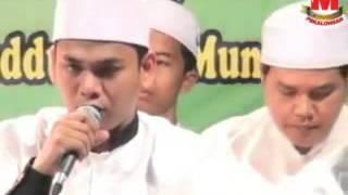 AL MUNSYIDIN ~ Qomarun Sidnan Nabi ~ Live Comal