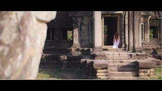 Mia in Angkor Wat