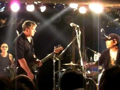 JJ Burnel (Stranglers) live Tokyo, Japan 2012 Something Better Change