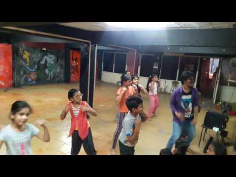 Kala chashma Gujrati  (PACIFIC DANCE...