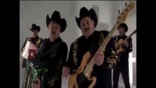 Los Huracanes Del Norte - El Hombre de Negro (Video Oficial)
