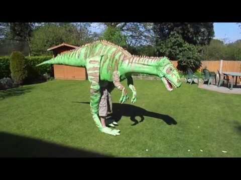 Homemade Dinosaur Costume 4 meters long!!