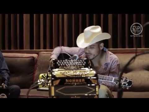 Espinoza Paz - A Veces (Live)
