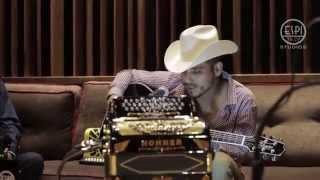 Espinoza Paz - A Veces (Live) thumbnail