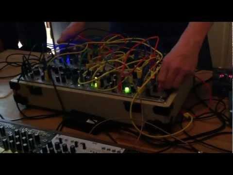 Richard Devine On a Make Noise Shared System