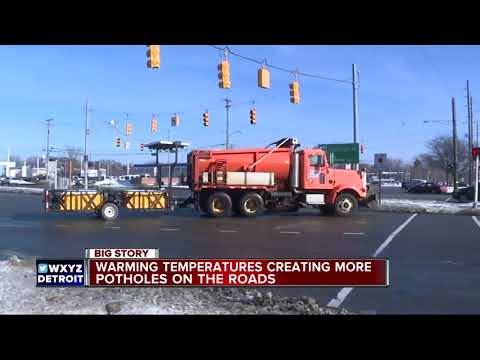 MDOT warns drivers that metro Detroit is experiencing perfect pothole weather
