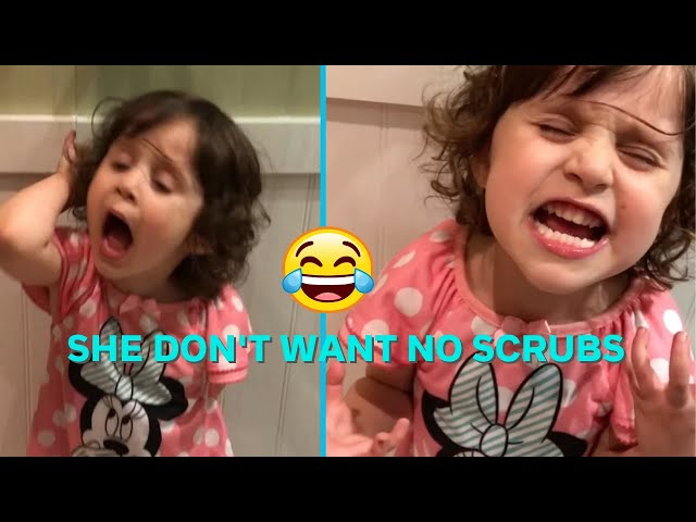 "Little girl passionately belting out the words to ""No Scrubs"" by TLC will make you so happy today"