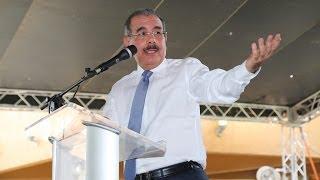 """Danilo Medina: """"Atender el campo es atender a la gente y al país"""""""