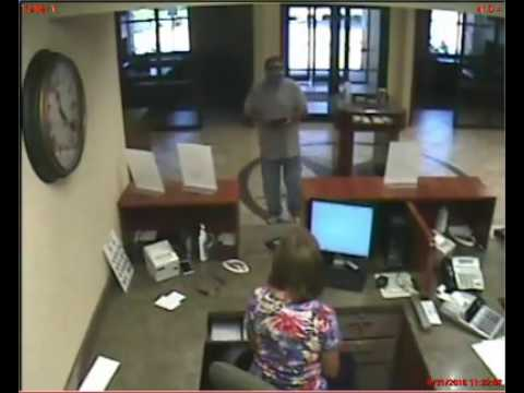 Robbery at Longview federal credit union