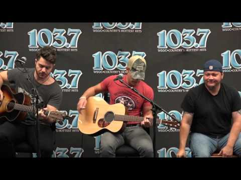 Dustin Lynch Mind Reader  at The New 103 7