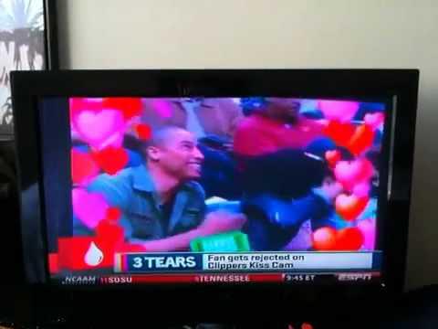 Teyana Taylor get caught on kiss cam lol !!!