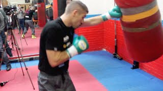 WORLD TITLE CHALLENGER LIAM SMITH WORKS THE HEAVY BAG AHEAD OF DIEGO MAGDELENO CLASH / WORLD WAR 3