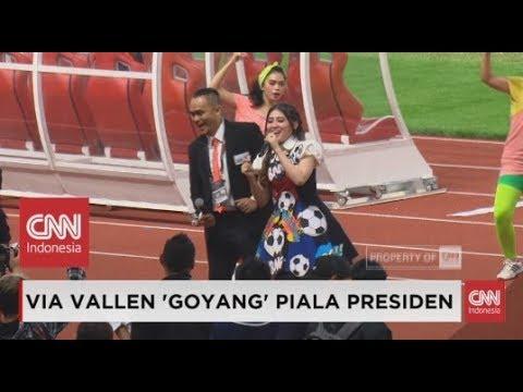 Via Vallen 'Goyang' GBK di Final Piala Presiden - Persija Jakarta Juara, Jakmania Bergoyang