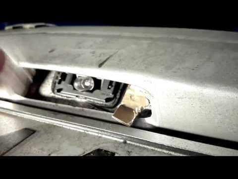 Peugeot Citroen Replacement License Plate Bulb Wymiana żarówki Tablicy Rejestracyjnej Peugeot
