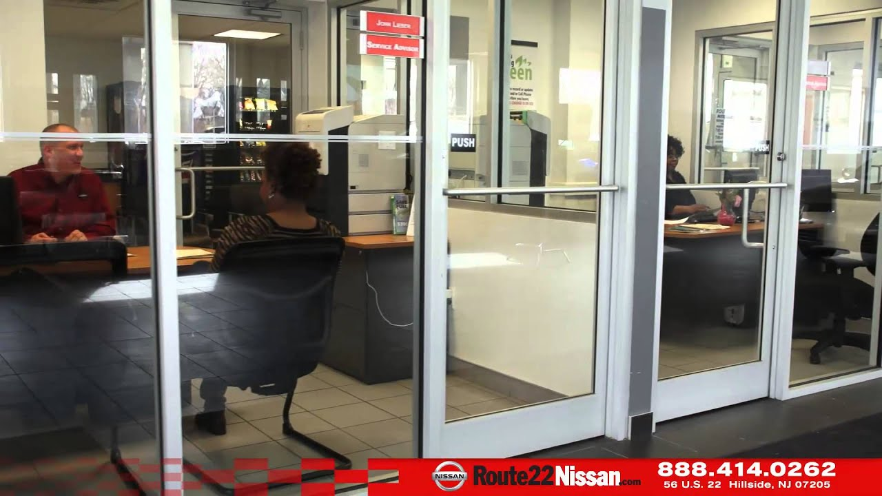 Route 22 Nissan mercial