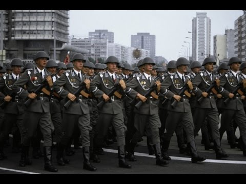 Nationale Volksarmee (NVA) National Peoples Army March ☭✯ Rare Footage HD