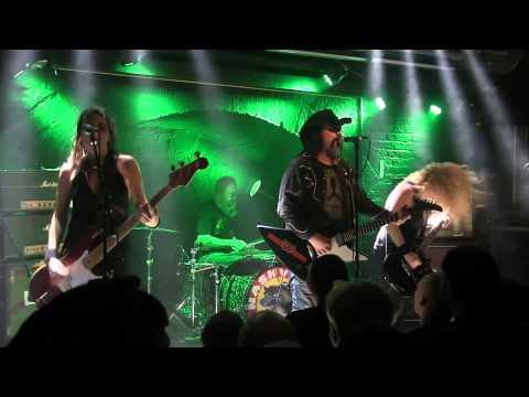 Nashville Pussy live @ Chelsea, Vienna 30. Oct 2014 [Full Concert]