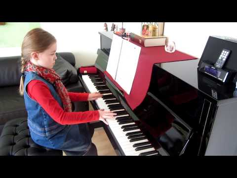 Amelie Piano Cover -  Laura C. 8 Jahre.