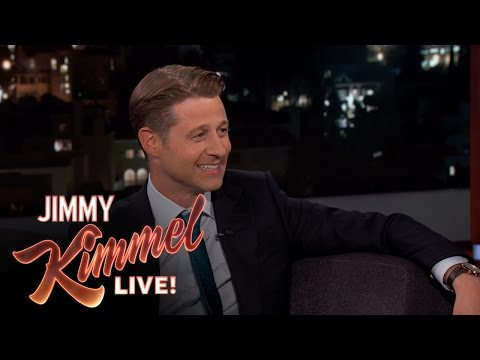 Guest Host Will Arnett Interviews Ben McKenzie