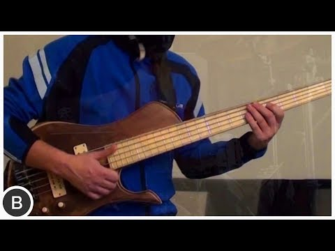 WHO IS THIS BASS PLAYER ???