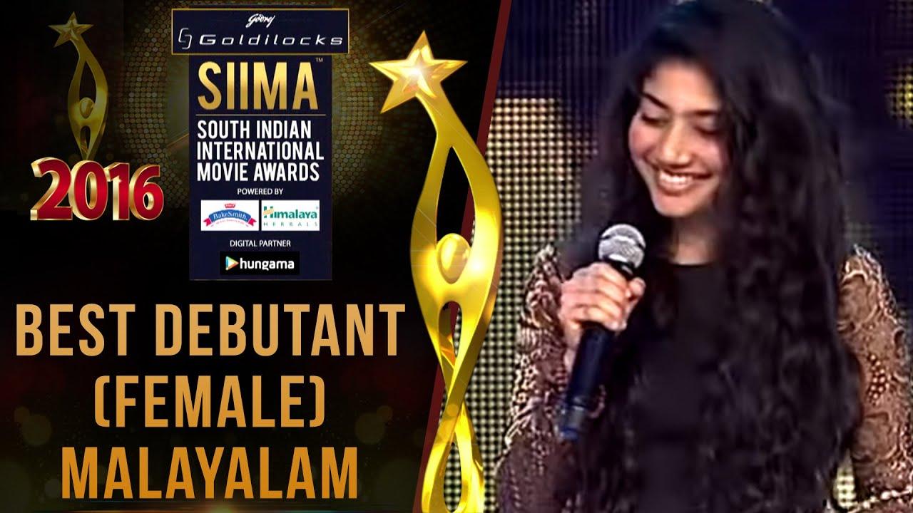 Image result for sai pallavi in awards show