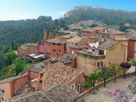 Hill Towns of the Luberon, Provence: L'Isle-sur-la-Sorgue, Rousillon, Gordes